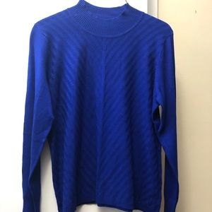 BRAND NEW Womens cobalt blue Sweater. Size small.